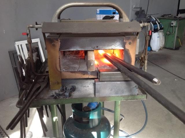 Forgia a gas per lavorazione ferro RB Fabbro