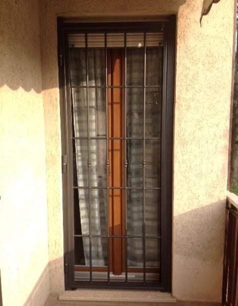 Inferriata ad un anta battente per porta finestra