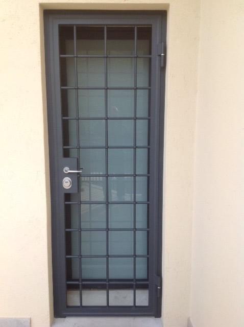 Inferriate blindate per porte d 39 ingresso in acciaio - Inferriata porta ...