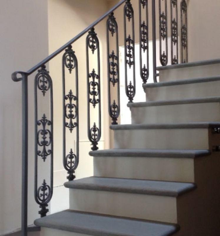 Ringhiere in ferro battuto per case dallo stile classico
