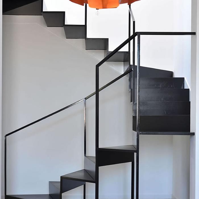 Scale interne stile moderno